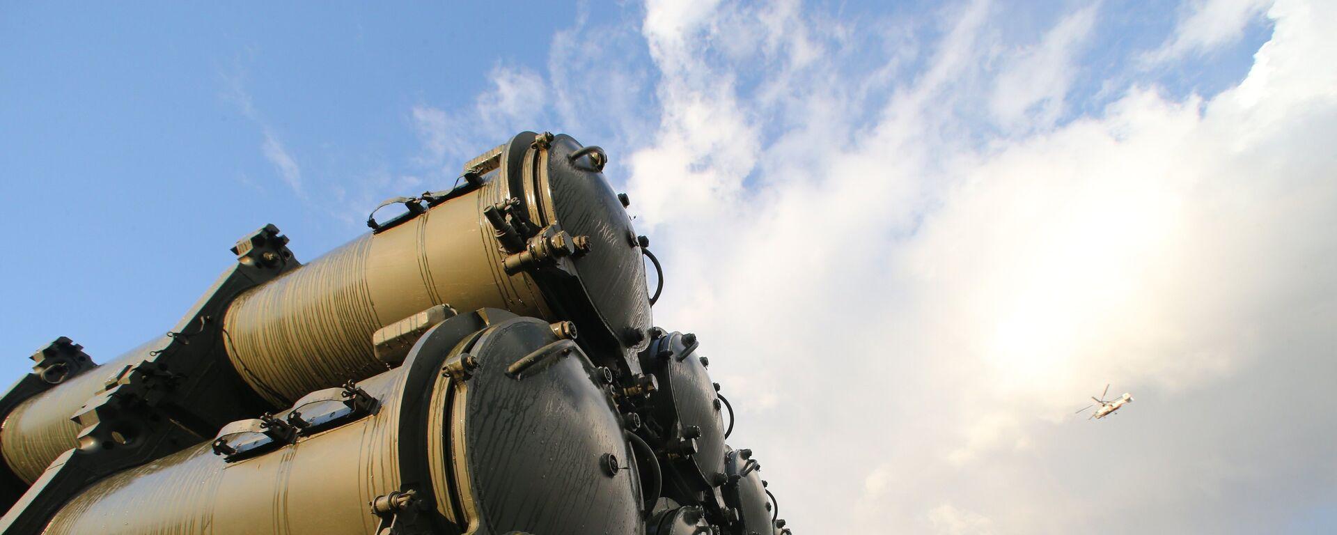 Пуск противокорабельной ракеты БРК Бал, архивное фото - Sputnik Таджикистан, 1920, 30.04.2019