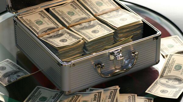 Деньги в чемодане, архивное фото - Sputnik Тоҷикистон
