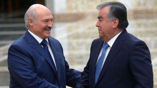 Президент Таджикистана Эмомали Рахмон и президент Беларуси Александр Лукашенко - Sputnik Тоҷикистон
