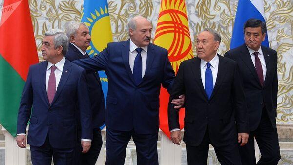 Лукашенко на саммите ОДКБ заблудился в собственном дворце - Sputnik Тоҷикистон