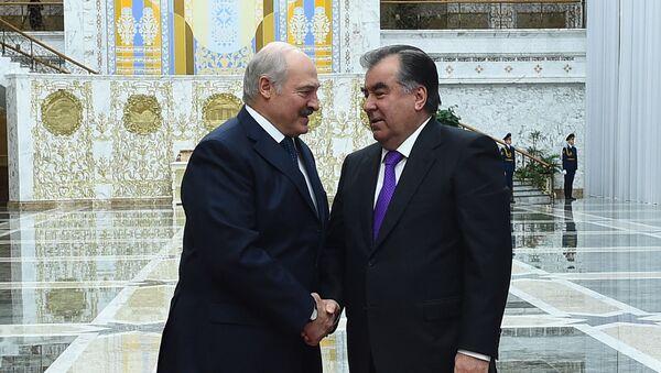 Президент РТ Эмомали Рахмон и президент Белоруссии Александр Лукашенко - Sputnik Тоҷикистон