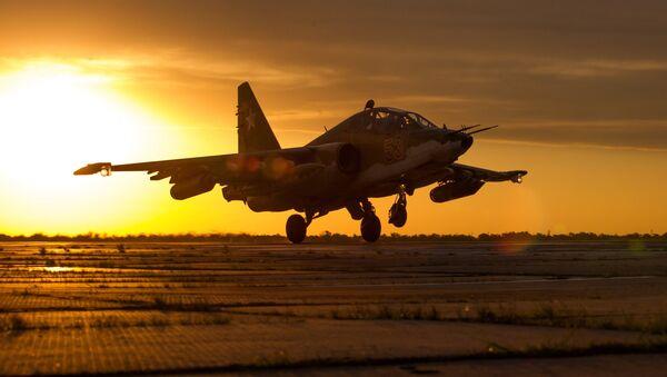 Штурмовик Су-25СМ3, архивное фото - Sputnik Таджикистан