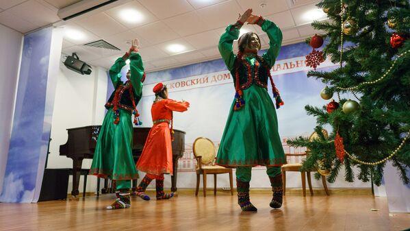 Вечер тджикской поэзии - Sputnik Таджикистан