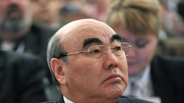 Бывший президент Кыргызстана Аскар Акаев, архивное фото - Sputnik Таджикистан