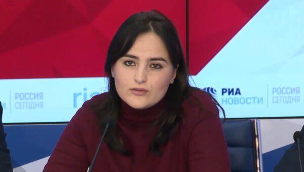 Студентка Умеда Ошурбекова - Sputnik Тоҷикистон