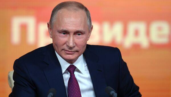 Ежегодная большая пресс-конференция президента РФ Владимира Путина - Sputnik Тоҷикистон