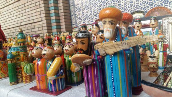 Таджикская ярмарка ремесел в Душанбе, архивное фото - Sputnik Таджикистан