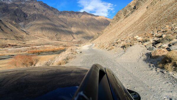Дорога, архивное фото - Sputnik Таджикистан