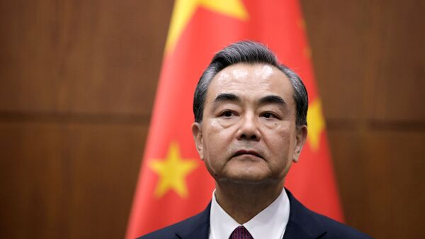 Министр иностранных дел КНР Ван И - Sputnik Тоҷикистон