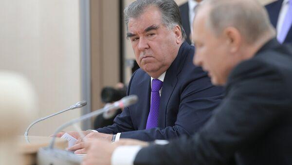 Президент РФ Владимир Путин и президент Республики Таджикистан Эмомали Рахмон - Sputnik Тоҷикистон