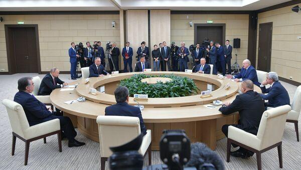 Неформальная встреча глав государств СНГ, архивное фото - Sputnik Таджикистан
