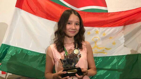 Девочка-калькулятор Манижа Тошболтаева заняла третье место на олимпиаде в ЮАР - Sputnik Таджикистан