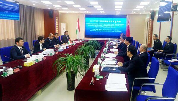 Таджикские и китайские таможенники подписали меморандум о сотрудничестве - Sputnik Тоҷикистон