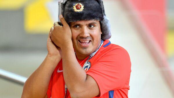 Чилийский болельщик на трибуне стадиона Спартак, архивное фото - Sputnik Таджикистан