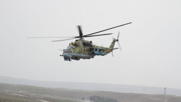 Российские летчики провели тренировочные полеты в горах Таджикистана - Sputnik Таджикистан