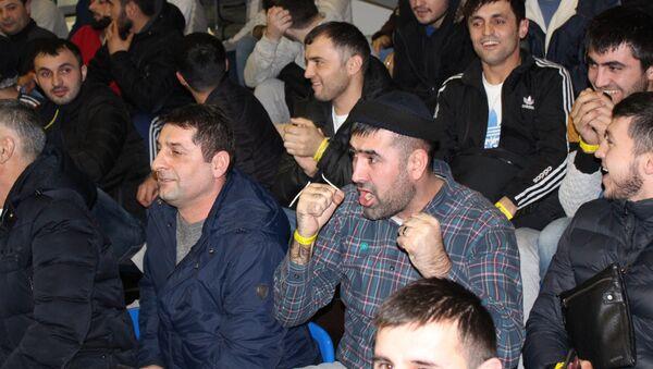 Болельщики на турнире по волейболу посвященному Алмазному юбилею Ага Хана IV - Sputnik Тоҷикистон