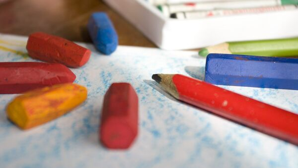 Цветные карандаши, архивное фото - Sputnik Тоҷикистон