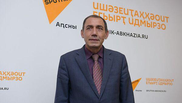 Виктор Маландзия, архивное фото - Sputnik Таджикистан