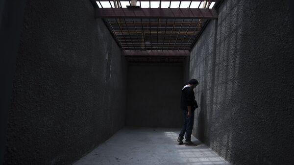 Заключенный в колонии, архивное фото - Sputnik Таджикистан