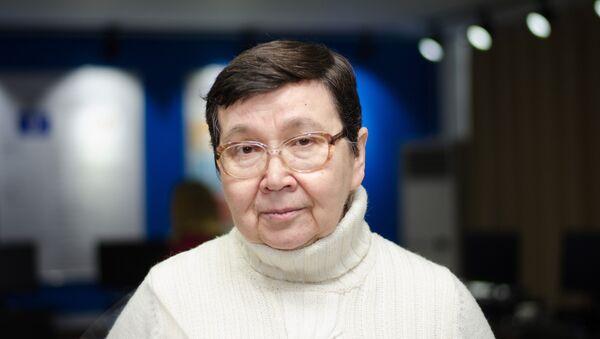 Директор Института повышения квалификации учителей русского языка при РТСУ Татьяна Гусейнова, архивное фото - Sputnik Таджикистан
