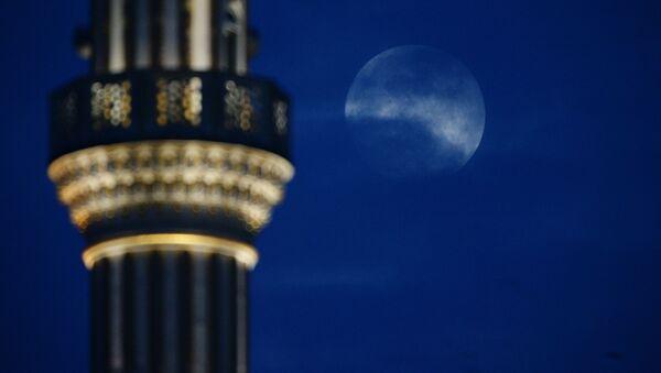 Ночь возле мечети - Sputnik Таджикистан