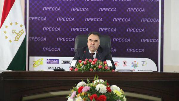 Ахмадзода на пресс-конференции - Sputnik Таджикистан