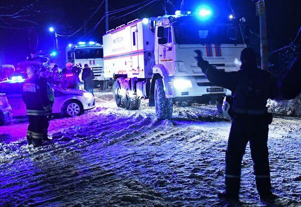 Крушение пассажирского самолета в Московской области - Sputnik Таджикистан