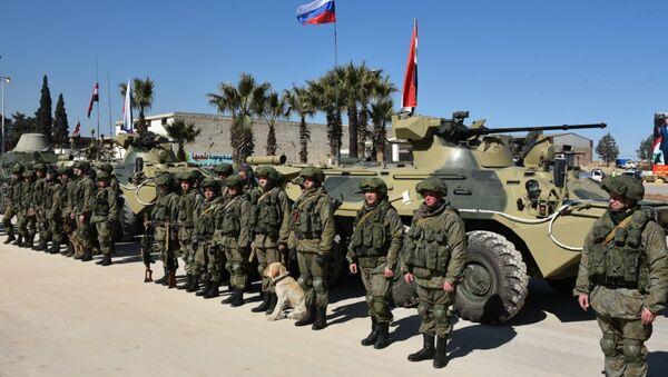Военные РФ, архивное фото - Sputnik Таджикистан