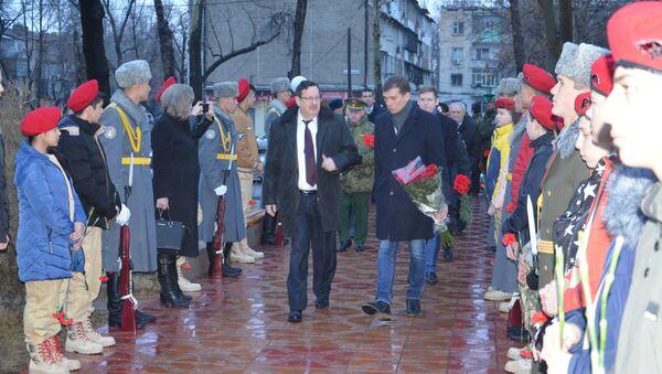 Торжественные мероприятия в Душанбе, посвящённые дню вывода войск из Афганистана - Sputnik Таджикистан