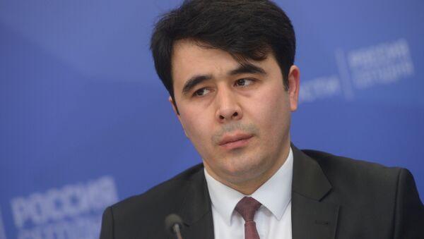 Пресс-секретарь посольства Таджикистана в России Парвиз Наджмидинов - Sputnik Тоҷикистон