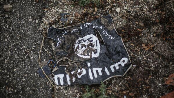 Флаг радикальной исламистской организации ИГИЛ - Sputnik Тоҷикистон