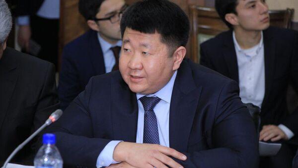 Первый заместитель председателя АО Узкимёсаноат Дмитрий Пак - Sputnik Таджикистан