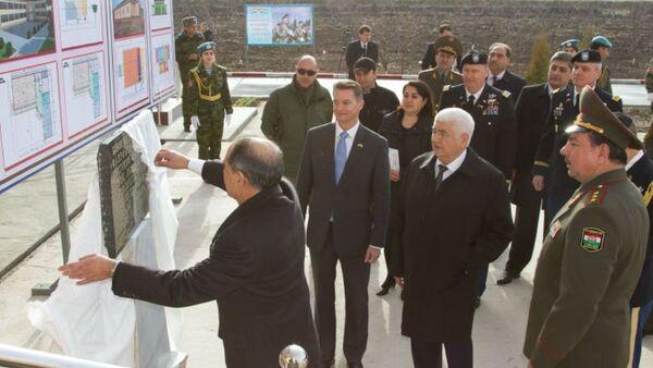 Фахрабад получил от США новый комплекс для мобильных войск - Sputnik Таджикистан