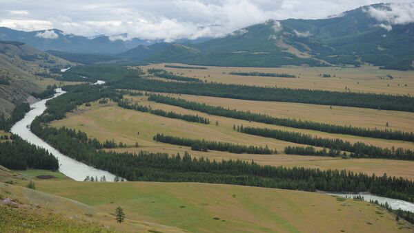 Долина в горной местности, архивное фото - Sputnik Тоҷикистон