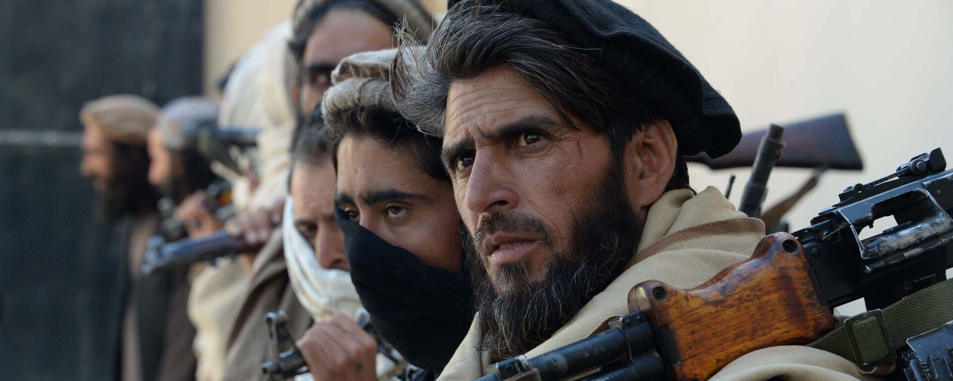 Члены движения Талибан (запрещено в РФ), Афганистан. Архивное фото - Sputnik Таджикистан, 1920, 25.06.2021