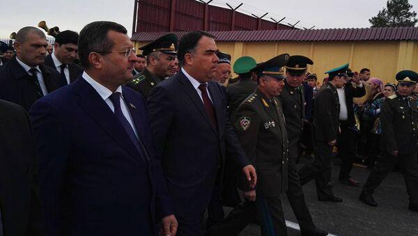 Открытие КПП на таджикско-узбекской границе, связующего Самарканд и Пенджикент - Sputnik Тоҷикистон