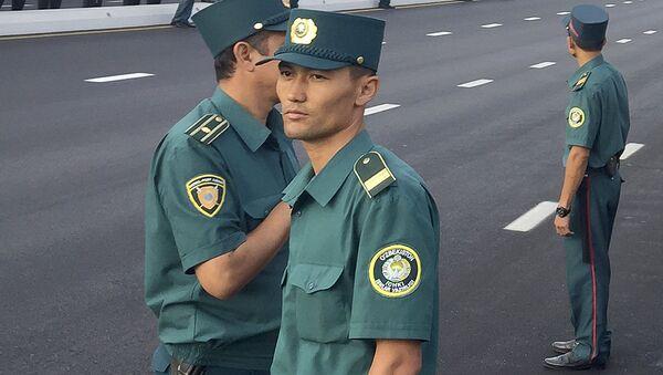 Узбекские милиционеры - Sputnik Таджикистан