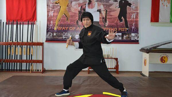 Подражатель Брюсу Ли из Таджикистана, архивное фото - Sputnik Таджикистан