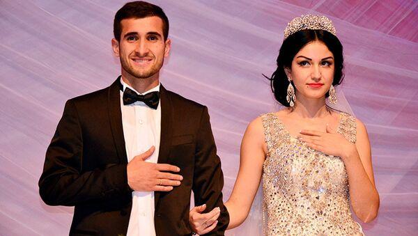 Игрок сборной Таджикистана Фатхулло Фатхуллоев стал отцом - Sputnik Таджикистан