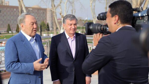 Шавкат Мирзиёев и Нурсултан Назарбаев - Sputnik Таджикистан