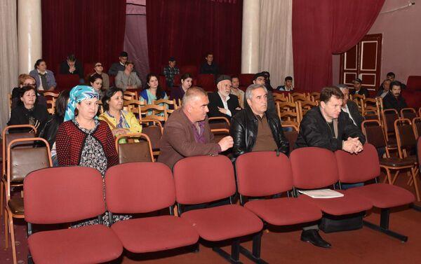 Собрание в театре имени Маяковского, архивное фото - Sputnik Таджикистан