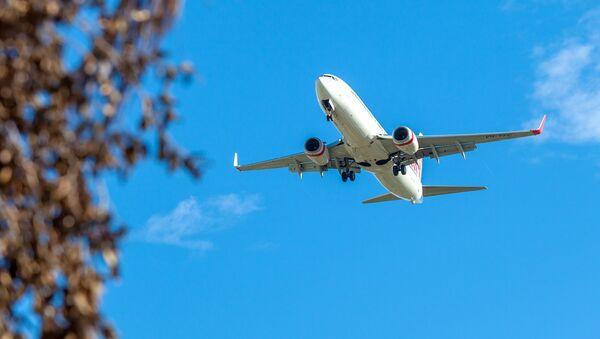 Пассажирский самолет, архивное фото - Sputnik Таджикистан