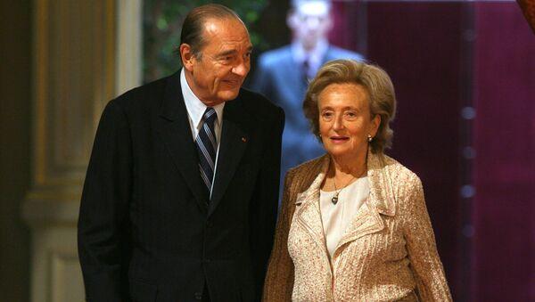 Президент Франции Жак Ширак и его жена Бернадетта - Sputnik Тоҷикистон