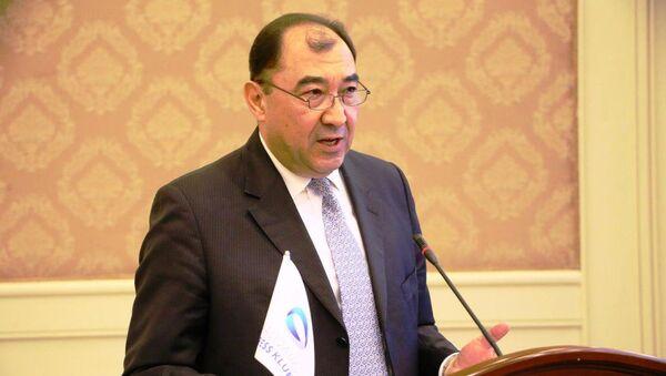 Директор НИЦ Научные основы и проблемы развития экономики Узбекистана Дурбек Ахмедов - Sputnik Таджикистан