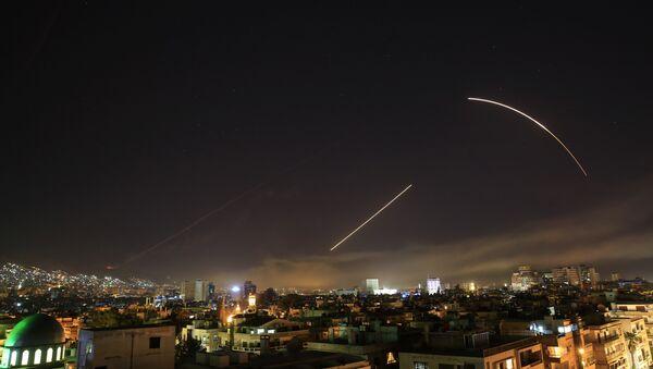 США нанесли по Сирии ракетный удар - Sputnik Таджикистан
