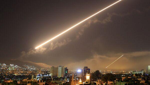 Ракетный удар по Сирии, архивное фото - Sputnik Таджикистан