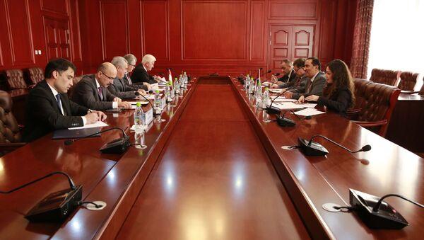 Встреча МИД Таджикистана с представительями Палестина - Sputnik Тоҷикистон