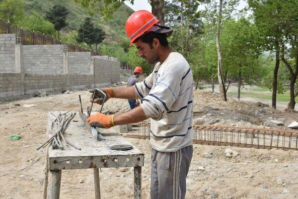 Строительство аквапарка в Варзобе - Sputnik Таджикистан
