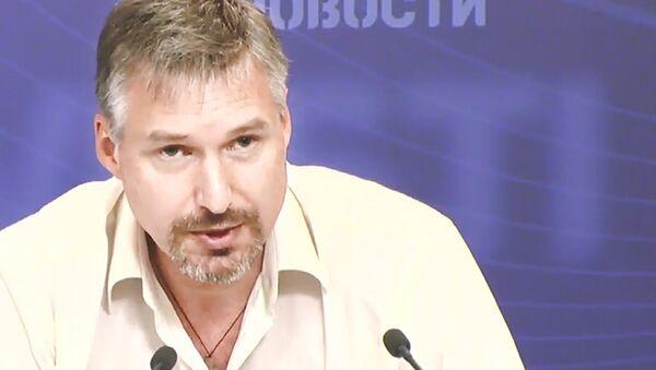 Эксперт ВШЭ Сергей Пухов, архивное фото - Sputnik Таджикистан
