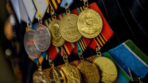 Ордена и медали ветерана ВОВ, архивное фото - Sputnik Таджикистан